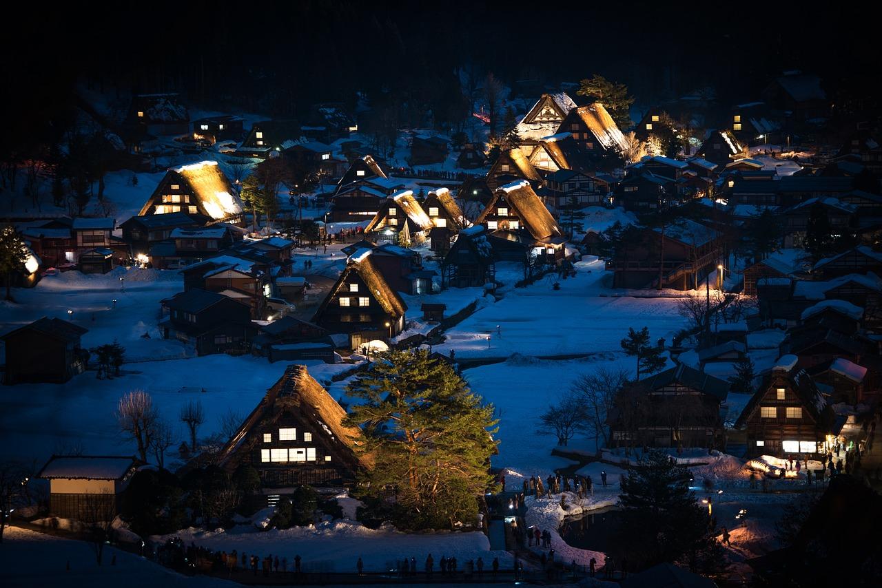 合掌造りで有名な岐阜県の世界遺産「白川郷」へ
